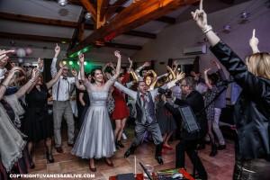 Chanteuse mariage Ouverture de Bal var Domaine de Sigalous