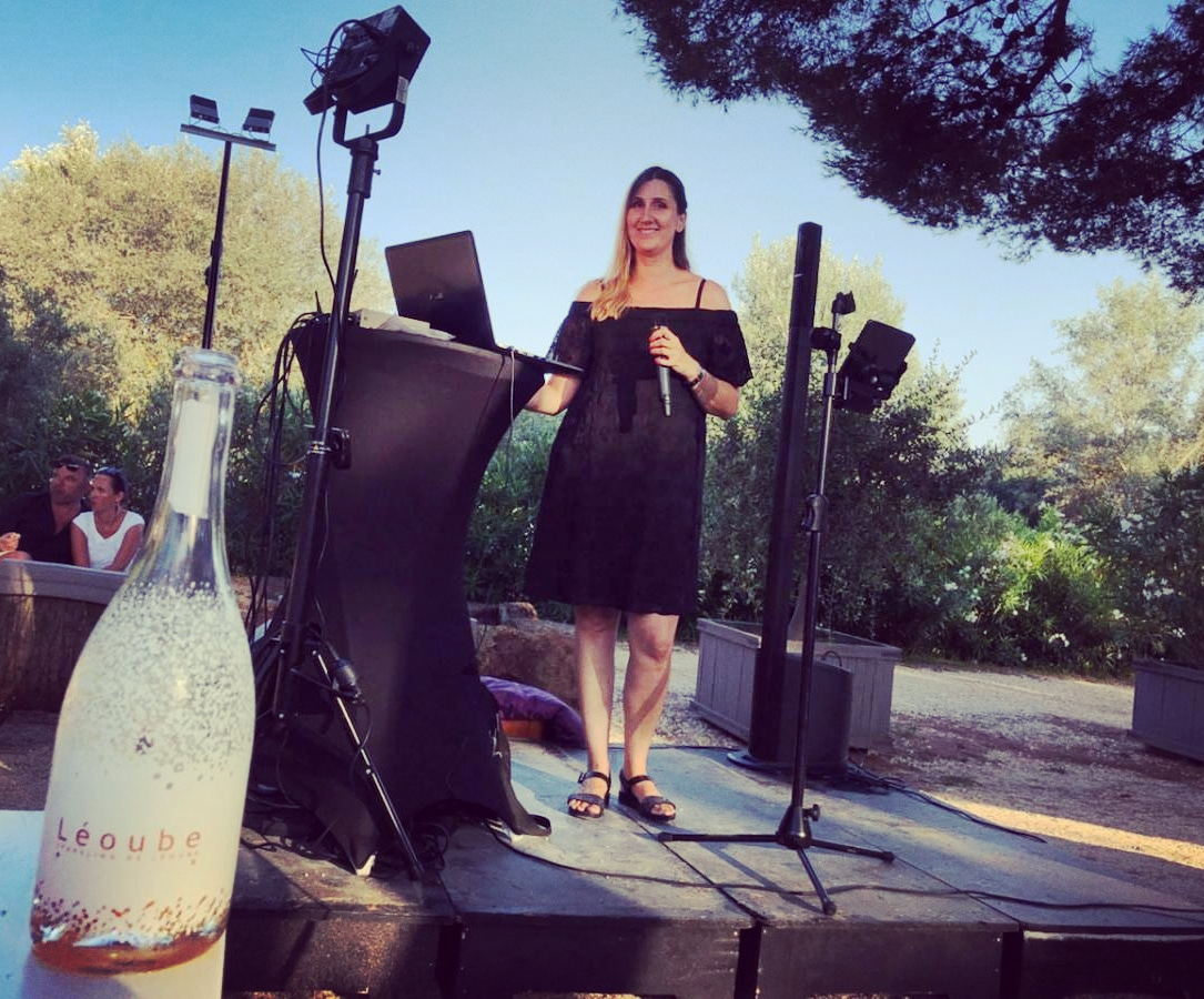 Vanessa B. Live Chante pour Château Léoube